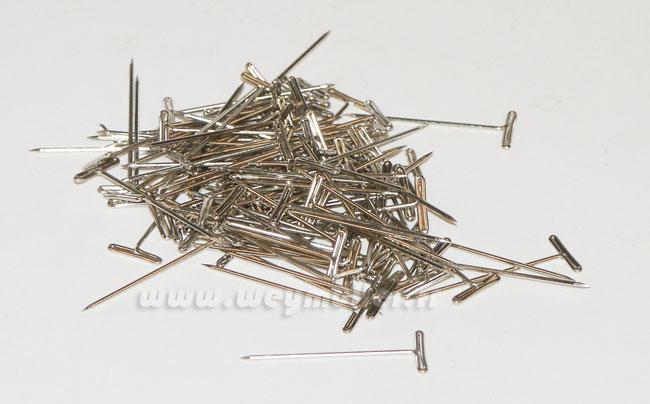 Epingles en T, longueur 30mm. 100 pièces environ