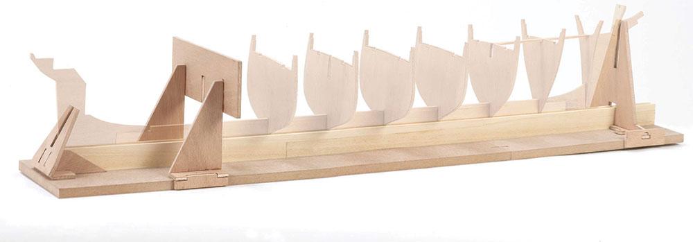 Gabarit de montage Billing Boats